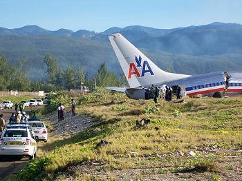 American Airline Plane Crash Lands in Kingston Jamaica By Rastarizi